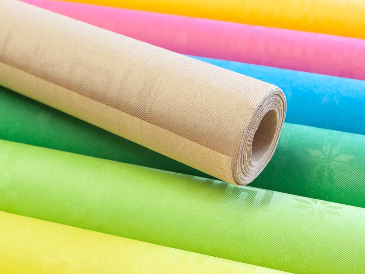 Nappes jetables en papier brun: un look écologique pour la table moderne